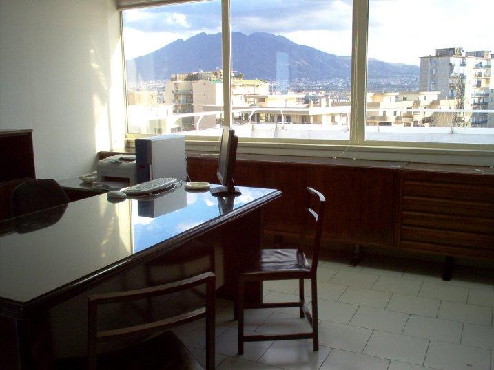 Ufficio Lavoro Napoli : Affitto ufficio napoli serviced offices italy uffici arredati