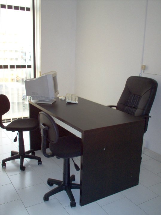 Serviced offices italy uffici arredati napoli for Sedi ikea italia