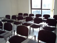 meeting room italy sala riunioni persone
