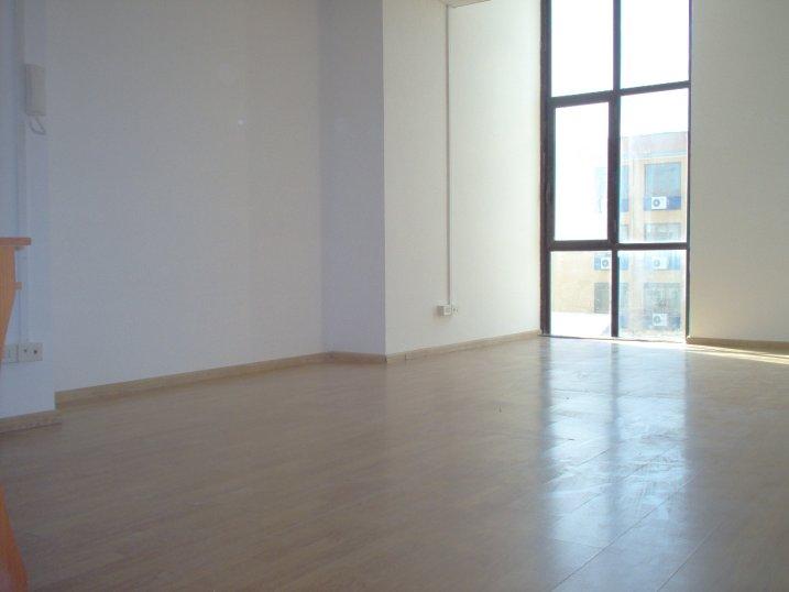 Centro il faro affitto ufficio napoli affitto locale for Affitto locale uso ufficio