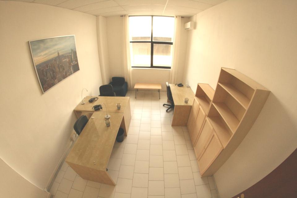 Uffici arredati roma milano napoli ufficio arredato for Affitto ufficio temporaneo