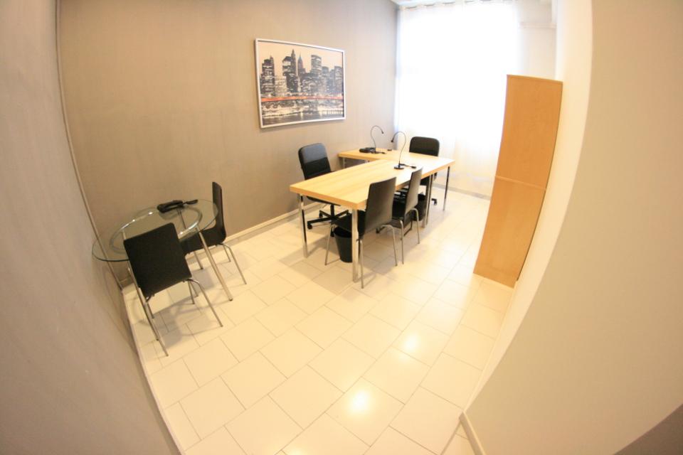 Ufficio Lavoro Napoli : Napoli affitto ufficio arredato start up linee euro