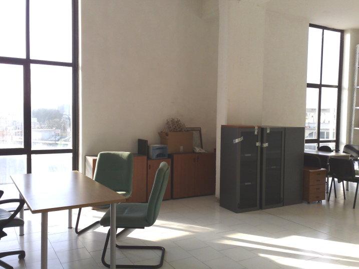 Napoli affitto ufficio affitto studio locale uffici for Affittasi studio