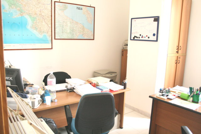 Napoli affitto ufficio affitto studio locale uffici for Affitto studio eur