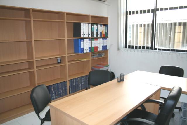 Affitto ufficio napoli ufficio arredato napoli affitto for Uffici temporanei