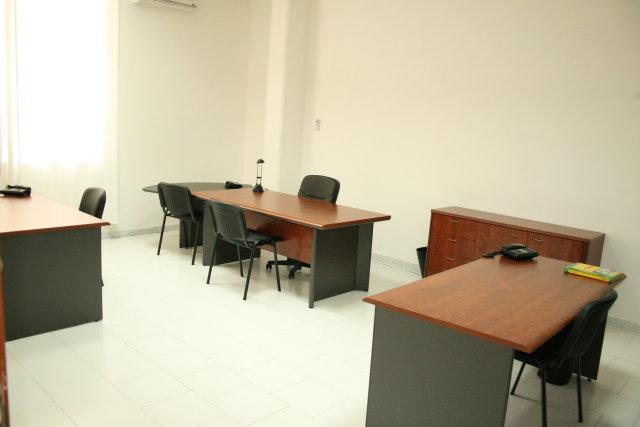 Uffici arredati roma milano napoli ufficio arredato for Uffici arredati roma