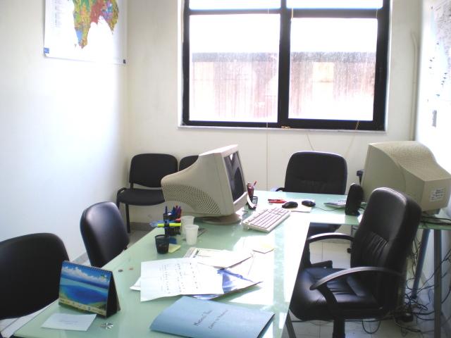 Affitto ufficio napoli ufficio arredato napoli affitto for Design ufficio napoli