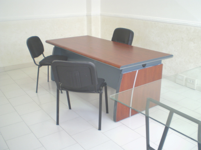 Scrivanie Ufficio Usate Firenze : Scrivanie per ufficio usate free usato mobili ufficio ikea galant