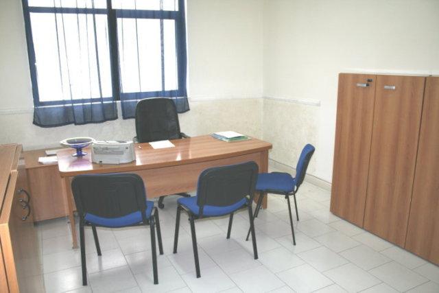 Affitto ufficio napoli for Affitto locale uso ufficio