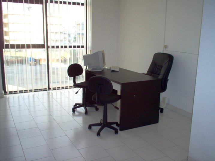 Serviced offices italy uffici arredati napoli for Monolocali arredati in affitto