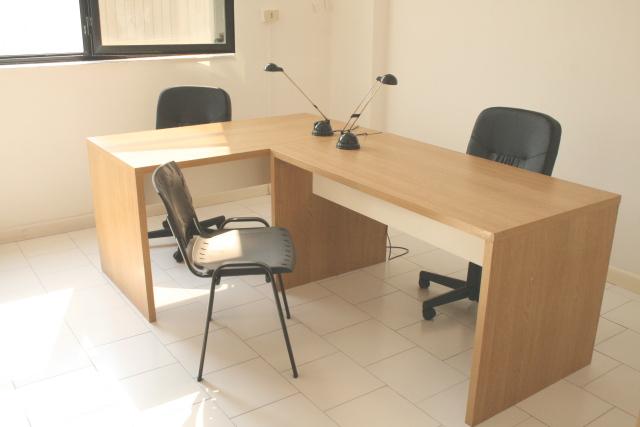 Affitto ufficio arredato bivani napoli affitto ufficio for Uffici arredati napoli