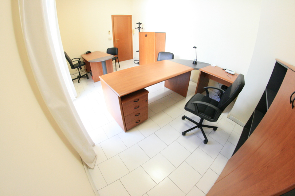 Ufficio direzionale arredato pronto subito