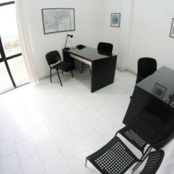 Ufficio bivani arredato