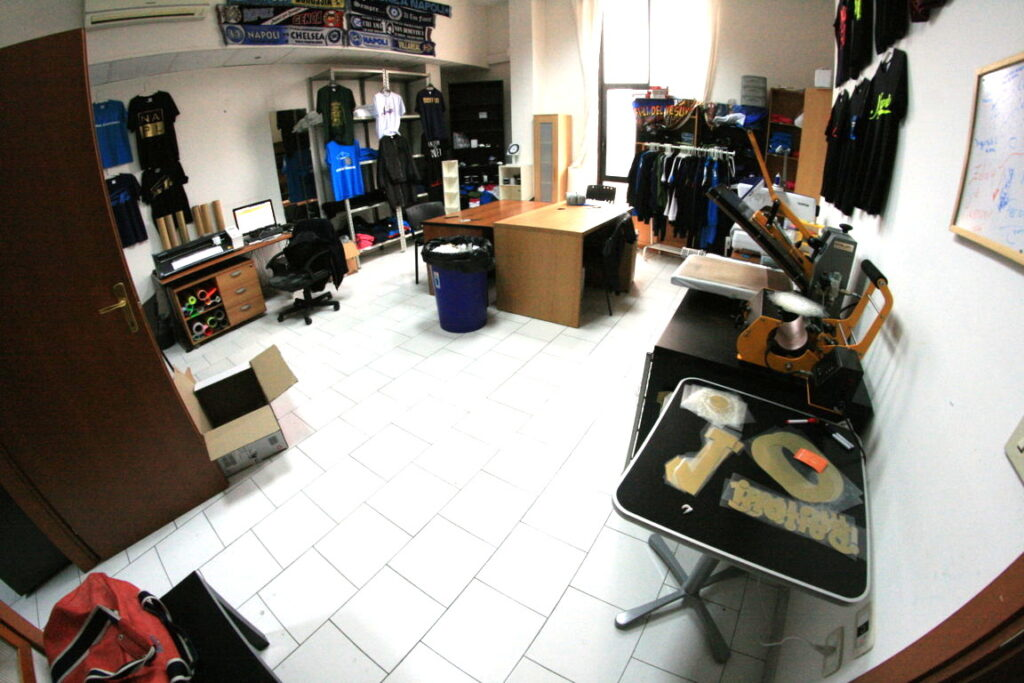 Dove aprire una attività di commercio elettronico negozio online